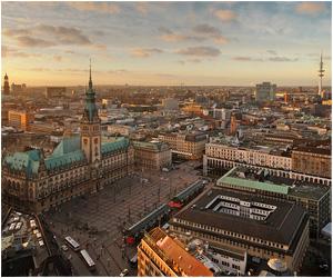 Erleben Sie aufregende Stunden mit einer High Class Escort Dame in Hamburg.
