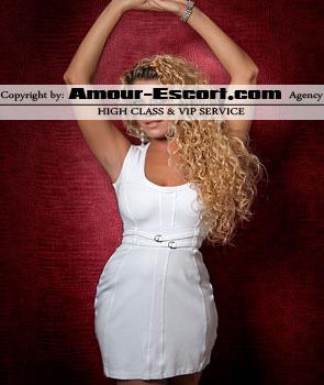 escort_celina_295x350_1