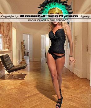 escort_celina_295x350_4